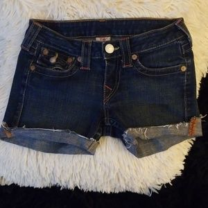 🎁4/ $20🎁 True Religion shorts